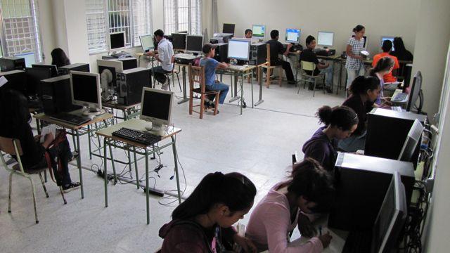 20120311224446-centro-capicitacion-honduras.jpg